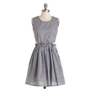 ModCloth Gingham Cutout Dress